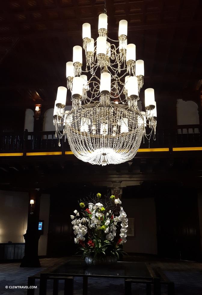 del_chandelier