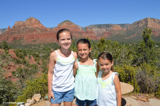 sedona_vacation_home_exterior_girls