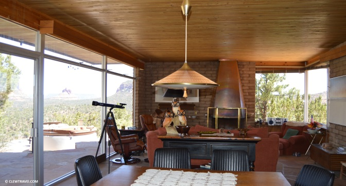 sedona_vacation_home_living_room