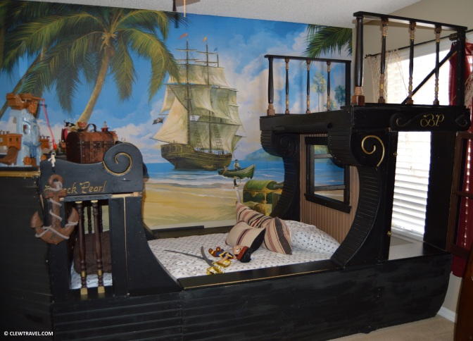 pirate_room
