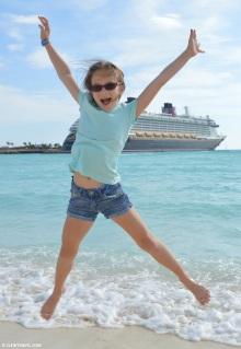 emily_beach_jumping