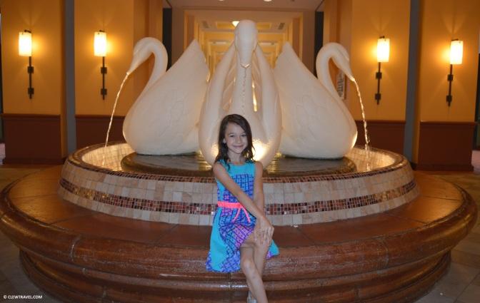 swan_dolphin_caitlyn_fountain